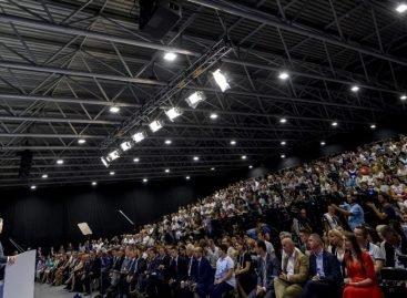 Інклюзивна освіта – іспит країни, щоб бути європейською і цивілізованою – Президент перед освітянами